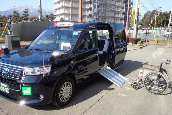 JPN TAXI (ジャパンタクシー)